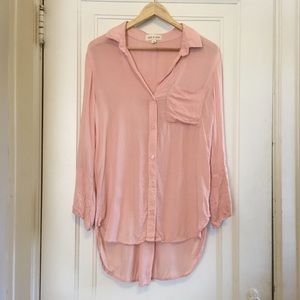 Cloth & Stone High Low button down top